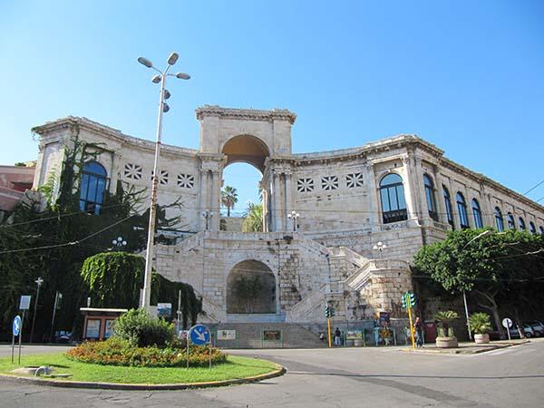 Scopri Cagliari - Tour Quartieri Storici 10
