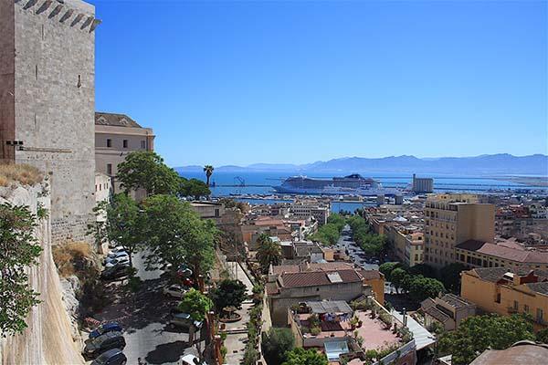 Scopri Cagliari - Tour Quartieri Storici 13